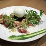 BISTRO INOCCHI - 太ホワイトアスパラソテー 生ハムと半熟玉子(アラカルトで追加)