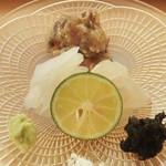 日本料理 晴山 - 剣先イカ、小室さん(眞子様カレー)、アジ味噌漬け