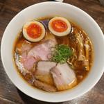 櫻井中華そば店 - 料理写真:特製醤油中華蕎麦