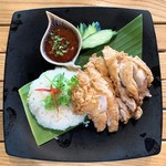 アジア屋台ごはん 五五吉食堂 - 料理写真:カオマンガイトートー