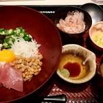 大戸屋 - ばくだん丼・ご飯少なめ:780円