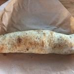 ル シズィエム サンス - ハーブとソーセージのパン300円?