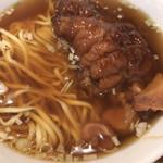 109761239 - 徳記豚足麺