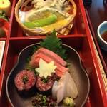 109762270 - お弁当 右側アップ                       お刺身お造り ハモの天ぷら