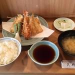 登良屋 - 天ぷらの盛合せ+海老天