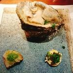 ビストロ アギャット - 岩牡蠣塩のゼリー仕立て  キャビアブリニー  稚鮎のリエット  キュウリのソース