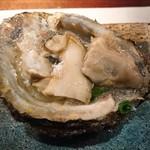 ビストロ アギャット - 岩牡蠣