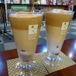 カーティス・クリーク - 泡コーヒー牛乳