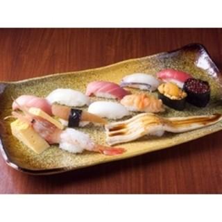 ネタにこだわった本格派の江戸前寿司を、回転寿しで召し上がれます