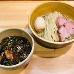 109789953 - 醤油つけ麺+味玉(950円)