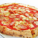石窯ピッツァ&炭火焼イタリア料理 アルナッジョ - 石釜焼ピッツァ。