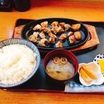 109792460 - 鶏ヤン定食(1510円)
