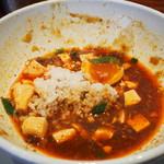 シビレヌードルズ 蝋燭屋 - 麻婆麺の残ったスープにライス投入