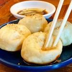 なかよし餃子 エリザベス - 焼小籠包(生煎饅頭)