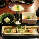 秀峰閣 湖月 - 【先附】       先附が1番よく分からないお料理に出会いがちですが、どれも全部美味しかったです(*´∀`)♪