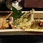 秀峰閣 湖月 - 【帆立西京:公魚磯辺:沢蟹】       帆立がすっごく柔らか。仄かに香る味噌と甘味が美味しい。       公魚も磯の香りとほどよい塩気で美味しかったです。       沢蟹はバリバリっと、ただただ香ばしい。