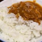 ちょもらん麺 - ランチタイム無料のカレー (激辛)