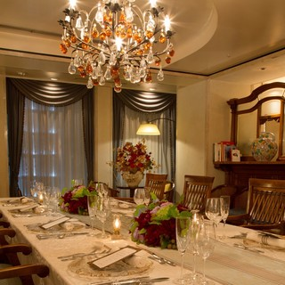 貴族邸宅をモチーフにした格調高い個室