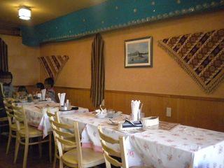 インド・ネパール料理レストラン&バー マリカ - テーブル席