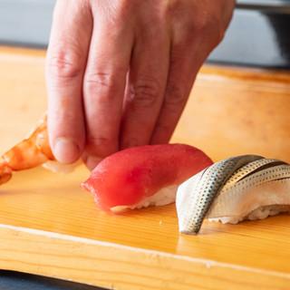 千住の市場で仕入れた鮮魚と、こだわりのシャリをお寿司でどうぞ