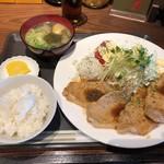 バー ミズ - 豚ロース生姜焼き