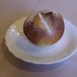ラ リベラ - 十勝産セモリナ粉の自家製パン