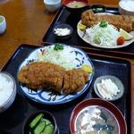 Yasukuniya - とんかつ定食(1,030円)