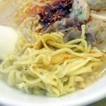 shisenfukumimima-ra-tan - 生麺の形状、質感