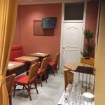 スペインバルエルソル - 内観写真:完全個室。近隣3号店