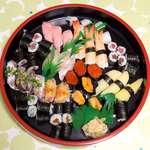 109856966 - 上寿司三人前(¥7200)に、赤貝・アジを追加。なかなか満足度の高い内容でした
