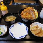 食事処かじめ - まぐろソースカツ丼 1,000円