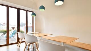 パンとエスプレッソと自由形 - テーブル席