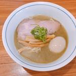 中華そば 西川 - 料理写真:味玉中華そば 880円