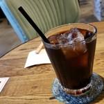 カフェ・ド・フェルム - セットのアイスコーヒーです。