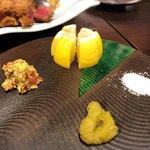 かじゅある割烹 しーずん - 左:安曇野梅わさび、上:レモン、右:岩塩、下:柚子胡椒