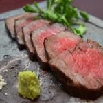 和牛上赤身の塩麹漬けステーキ
