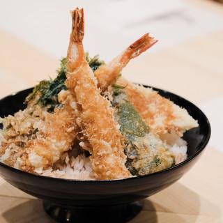天ぷらの老舗の味をランチから