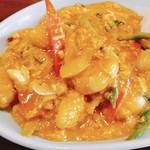 タイの食卓 クルン・サイアム×アティック× - エビ、イカ、野菜