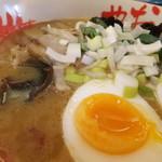 おにやんま - 鶏白湯味噌ラーメン 【 2011年12月 】