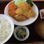 永田ドライブイン - ミックスフライ定食!