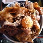 焼肉ホルモン しんちゃん - 12/2011豚バカ丼、普通盛り肉増し