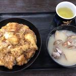 資さんうどん - 鶏天とじ丼@640+貝汁変更@110