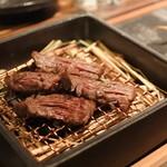 Let it Beef - 藁焼きで