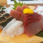 10993929 - 魚々味定食 たっぷりのお刺身