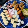 田井中 - 料理写真:握り寿司は間違いない味( ´∀` )b