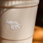 ショウゾウ コーヒー ストア - カフェオレ(COLD)M@500円:ロゴに寄る。