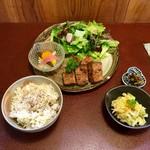 ジャム cafe 可鈴 - 【週替わりランチ(1,050円)】お料理が出揃いました。