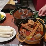 ラ ゴッチャ トウキョウ - お肉の煮込み2種