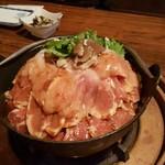 かぶらや - 黄金シャモ鍋