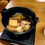 粋乃屋 - 小鍋、鶏肉、つくね、豆腐、ネギなど